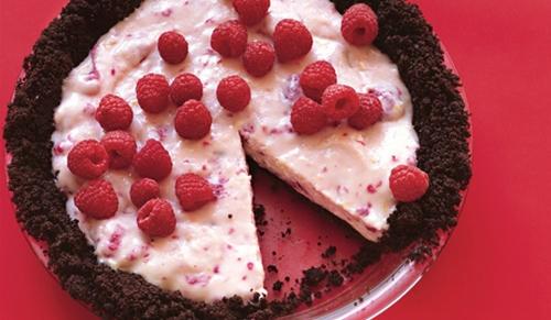 Низкокалорийный торт с малиновым джемом