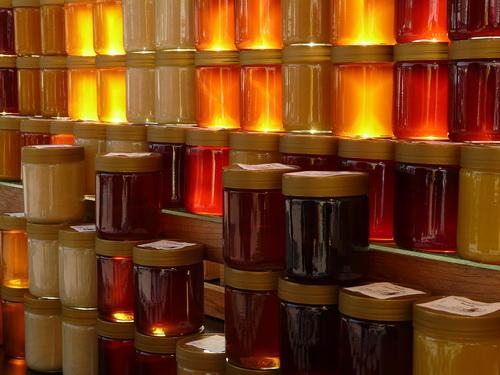 Чем полезен свежий мед?
